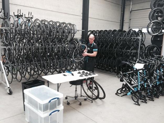 Pascal preparing the training wheels