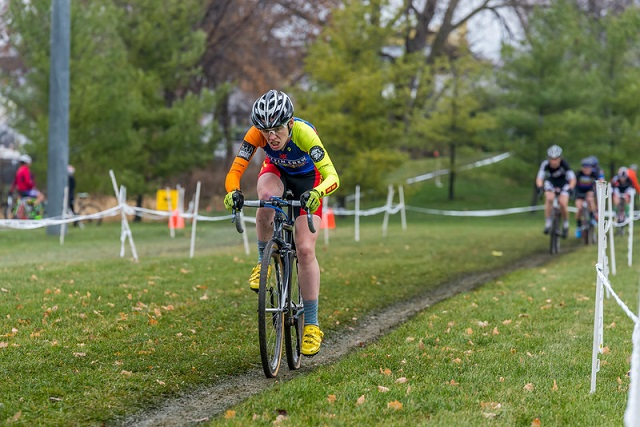 A good start at MelasCx race. Photo by www.Jayloo.com