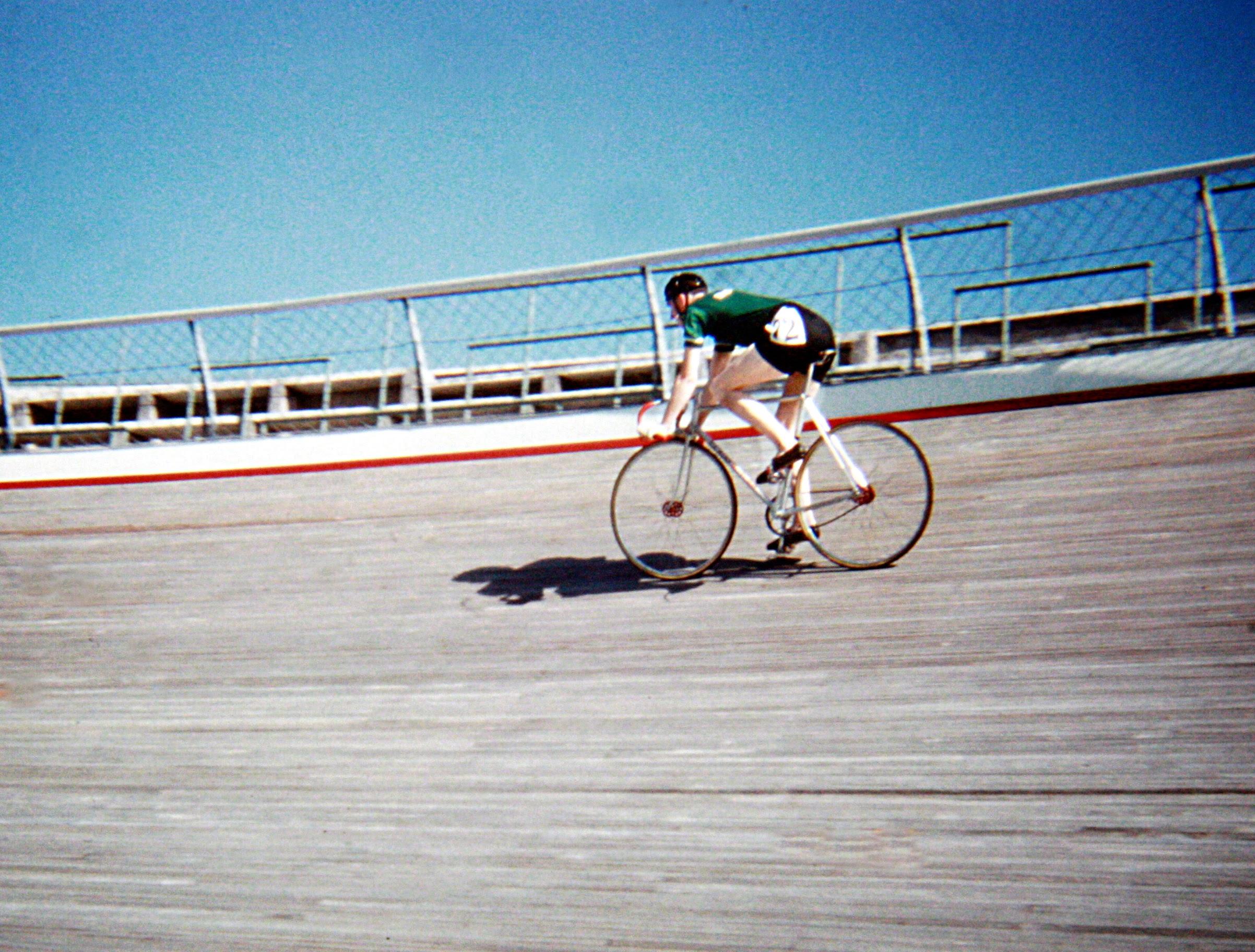Mick Horgan riding up the banking at the Velodrome (Photo: © Sean B. Fox)